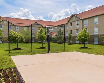 Homewood Suites by Hilton St. Louis Riverport- Airport West - Maryland Heights - Edificio