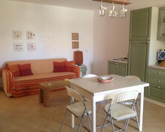 Apartment La Vedetta First line ocean - Espargos - Speisesaal