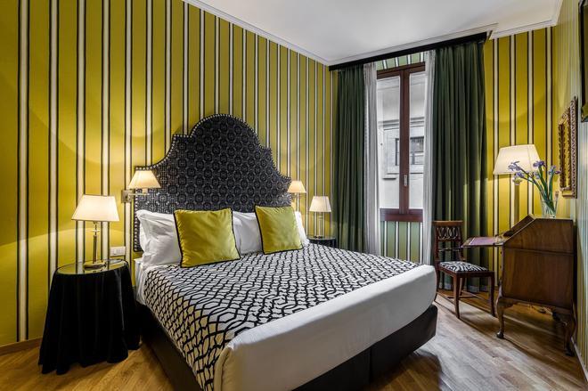 Room Mate Isabella - Φλωρεντία - Κρεβατοκάμαρα