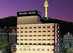 Pacific Hotel - Seoul - Building