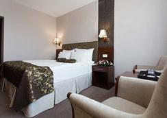 Grand Hotel Napoca - Cluj Napoca - Bedroom