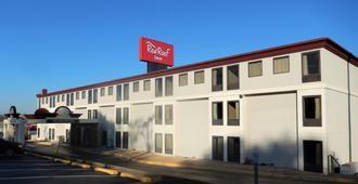 Red Roof Inn Harrisonburg - Harrisonburg - Building