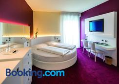 Wellness Hotel Casa Barca (Adult Only) - Malcesine - Bedroom