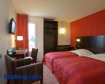 Hostellerie d'Aussois - Semur-en-Auxois - Bedroom