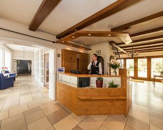Signature Hotel Drei Kronen - Elmshorn - Receptie