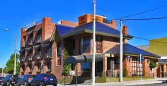 Hotel Ayres Colonia - Colonia - Building