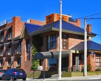 Hotel Ayres Colonia - Colonia del Sacramento - Edificio