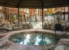 Sahara Resort & Spa - Desert Hot Springs - Piscina
