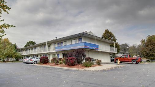 Motel 6 Des Moines - Des Moines - Building