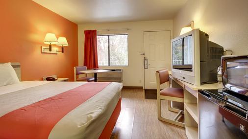 Motel 6 Des Moines - Des Moines - Bedroom