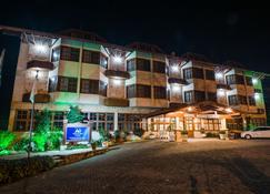 Hotel Aguas Claras - Gramado - Building