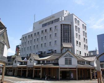 Takada Terminal Hotel - Jōetsu - Gebouw