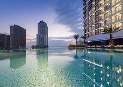 Vinpearl Condotel Empire Nha Trang - Nha Trang - Pool