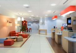 Ibis Caen Centre - Caen - Lobby