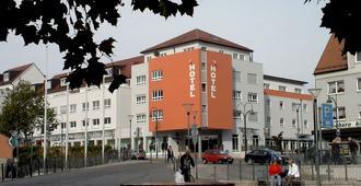 Stadthotel Gersthofen - Аугсбург