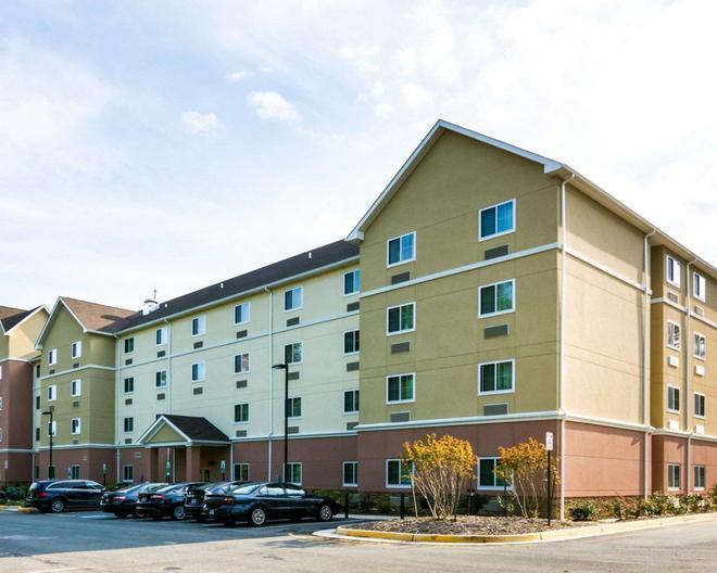 Suburban Extended Stay Hotel Quantico - Stafford - Rakennus