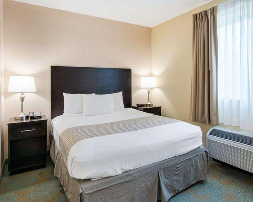 Suburban Extended Stay Hotel Quantico - Stafford - Bedroom