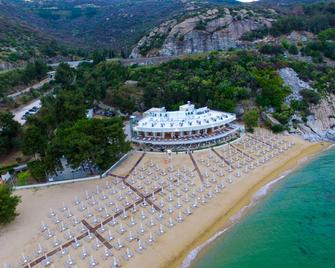 Bomo Tosca Beach - Kavala - Gebouw