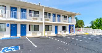 Motel 6 Redding Central - Redding