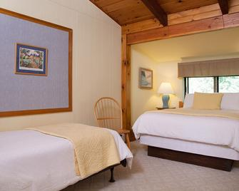 Snowed Inn - Killington - Bedroom