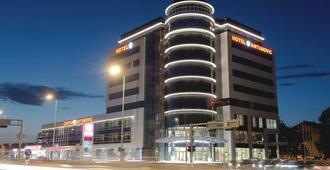 Hotel Antunovic Zagreb - Zagreb - Building