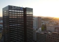 ラディソン ブル スカンジナビア ホテル、オスロ - オスロ - 建物