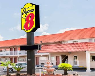 Super 8 by Wyndham Ft Walton Beach - Fort Walton Beach - Κτίριο