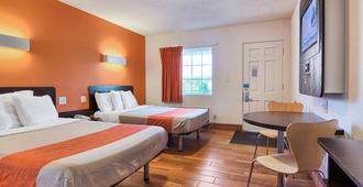 Motel 6 Harrisonburg - South, VA - Harrisonburg - Bedroom