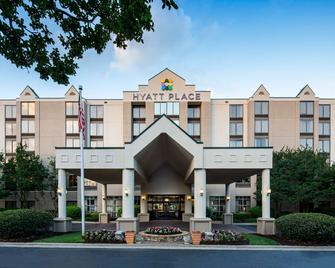 Hyatt Place Roanoke Airport / Valley View Mall - Roanoke - Building