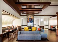 Hyatt Place Roanoke Airport / Valley View Mall - Roanoke - Lobby