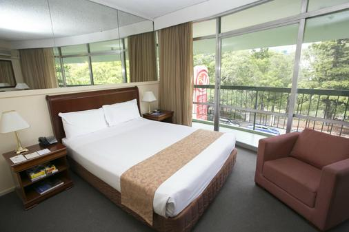 Madison Hotel Tower Mill - Brisbane - Bedroom