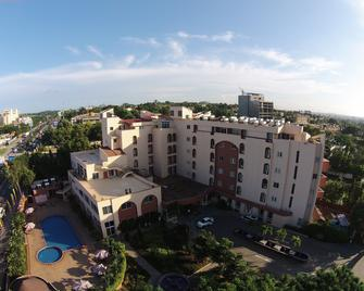 The African Regent Hotel - Accra - Building