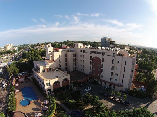 The African Regent Hotel - Accra - Rakennus