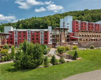 Bear Creek Mountain Resort - Macungie - Building