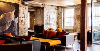 The Henry Jones Art Hotel - הובארט - טרקלין