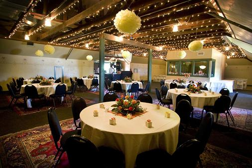 Mcmenamins Edgefield - Troutdale - Banquet hall