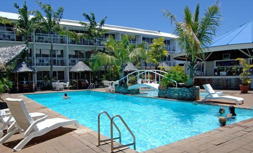 美拉尼西亞維拉港酒店 - 維拉港 - 維拉港 - 游泳池