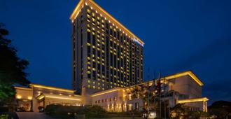 Radisson Blu Cebu - סבו סיטי - בניין