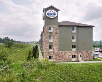 Suburban Extended Stay Hotel Triadelphia - Triadelphia - Building