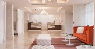 Delta Hotels by Marriott Orlando Lake Buena Vista - Orlando - Lễ tân