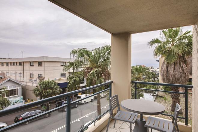 庫吉阿迪娜公寓酒店 - 庫吉 - 雪梨 - 陽台
