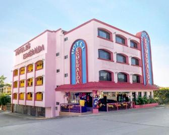 Hotel Boutique Esmeralda - Poza Rica de Hidalgo - Byggnad