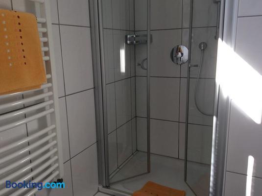 Hotel-Pension Berger - Heidelberg - Bathroom