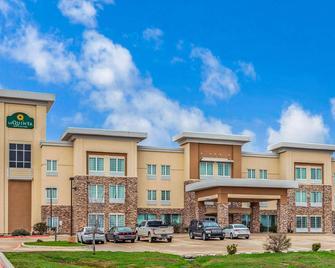 La Quinta Inn & Suites by Wyndham Luling - Luling - Gebouw