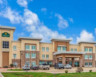 La Quinta Inn & Suites by Wyndham Luling - Luling - Building