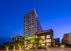 Muong Thanh Luxury Nhat Le Hotel - Dong Hoi - Edifício