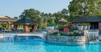 Westgate Branson Woods Resort and Cabins - Branson - Piscina