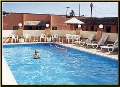 National 9 Inn Sand Canyon - Cortez - Pool