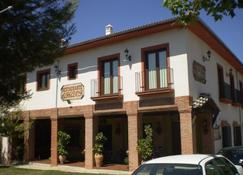 Balcon De Los Montes - Malaga - Bygning
