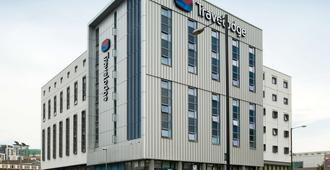 Travelodge Manchester Central Arena - Mánchester - Edificio